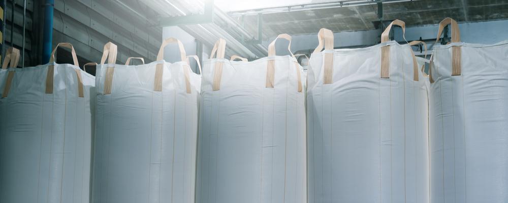 Spout Bottom vs. Flat Bottom Bulk Bags - National Bulk Bag